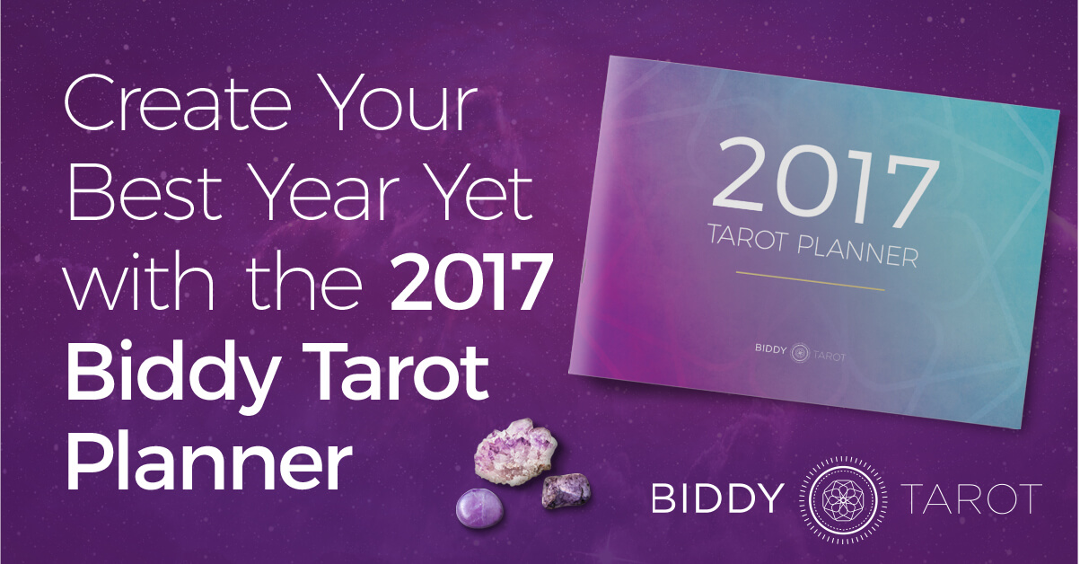 blog-20161208-create-your-best-year-yet-with-the-biddy-tarot-planner